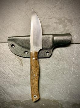 Semi Custom Knife Heidi Blacksmith mit Seekuh-Knochen